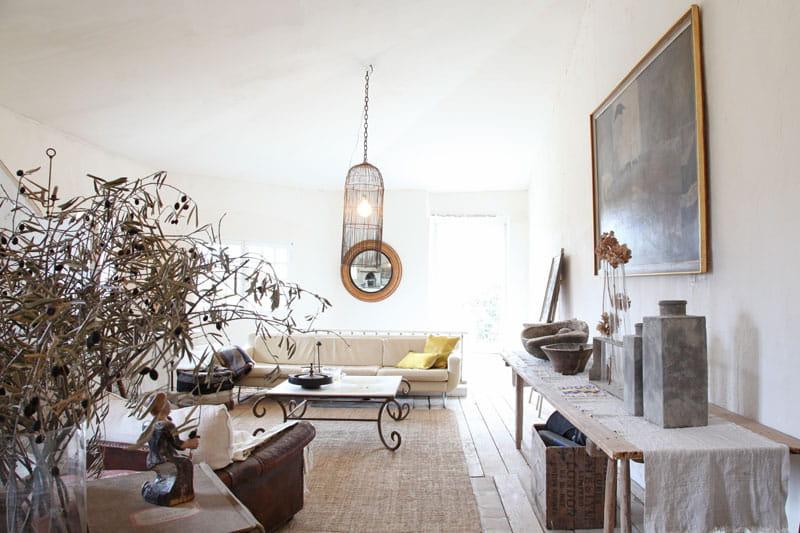 une demeure rustique mais chic journal des femmes. Black Bedroom Furniture Sets. Home Design Ideas