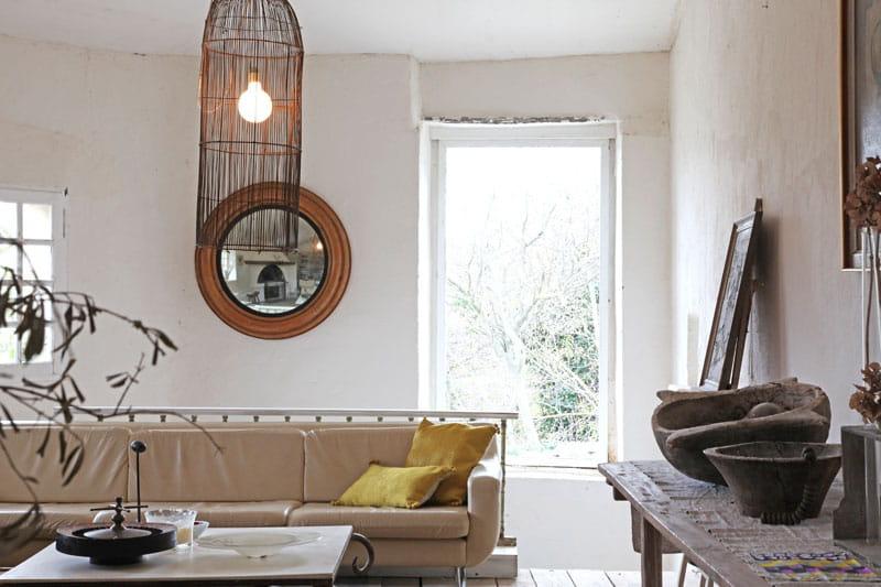Salon lumineux une demeure rustique mais chic for Salon lumineux
