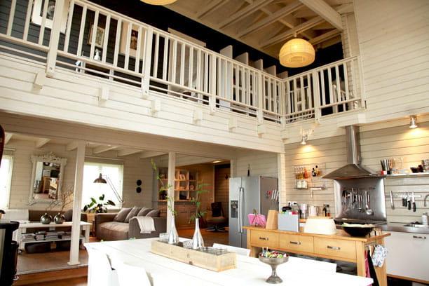 une grande pi ce vivre une maison familiale version ouest journal des femmes. Black Bedroom Furniture Sets. Home Design Ideas