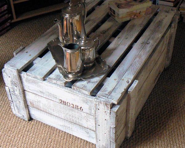 Rangement et table basse la fois astuces r cup 39 pour for Table basse caisse bois