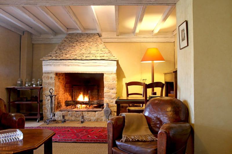 au coin du feu l 39 esprit maison de famille comme on l 39 aime journal des femmes. Black Bedroom Furniture Sets. Home Design Ideas