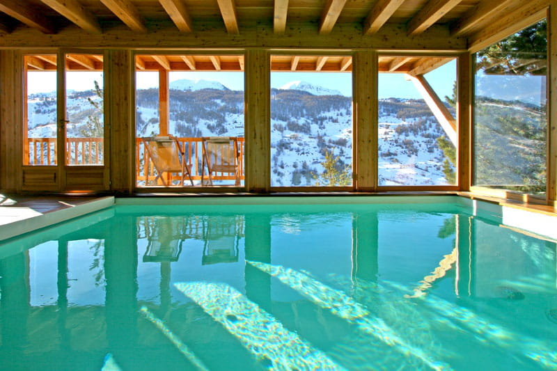 Piscine int rieure piscine int rieure et spa rencontre for Piscine creusee interieure