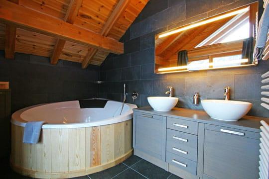 version bain nordique piscine int rieure et spa rencontre de la d co et du bien tre. Black Bedroom Furniture Sets. Home Design Ideas