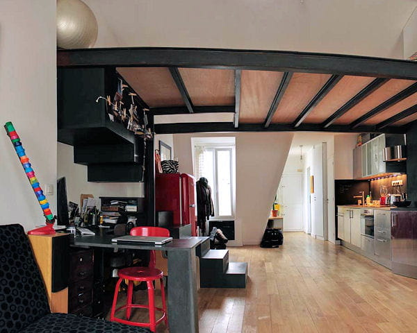 Mini loft tout en longueur des apparts petits mais bien - Amenagement chambre en longueur ...