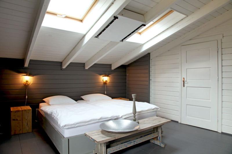 chambre sous toit sobri t et fantaisie pour une maison