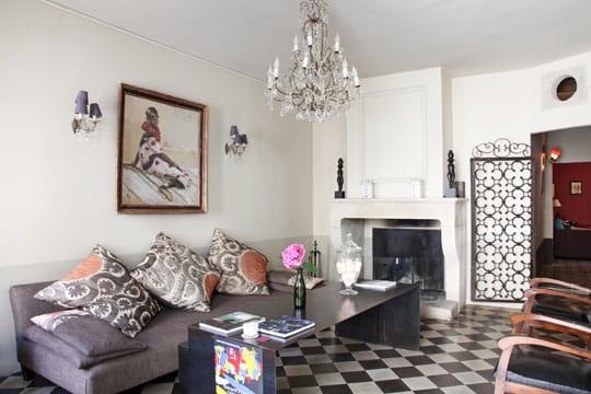 Damier noir blanc des carreaux gogo journal des - Salon avec carrelage blanc ...