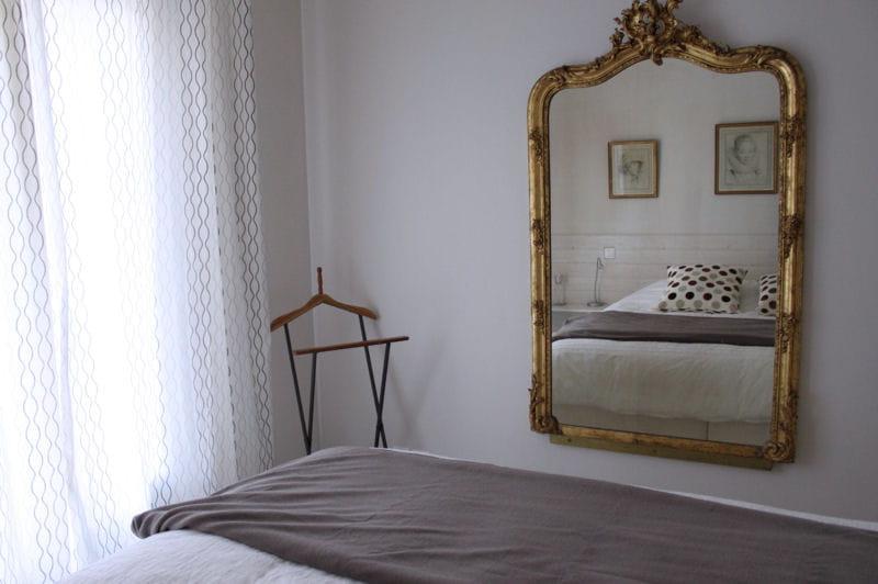 la chambre parentale visitez la maison d 39 isabelle journal des femmes. Black Bedroom Furniture Sets. Home Design Ideas