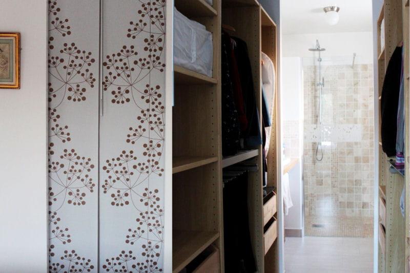 le dressing visitez la maison d 39 isabelle journal des femmes. Black Bedroom Furniture Sets. Home Design Ideas