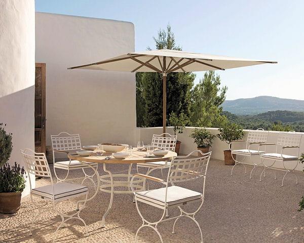 Table capri et chaises versailles de manutti du mobilier - Mobilier jardin guadeloupe versailles ...