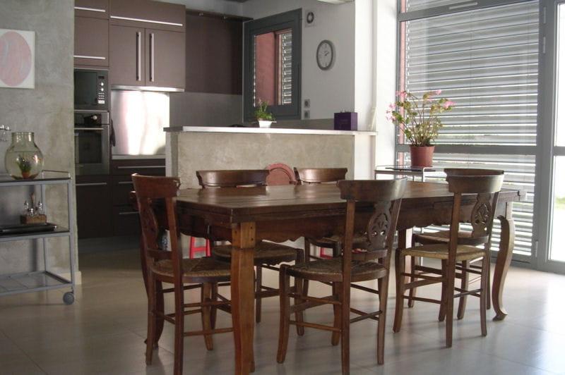 l 39 espace salle manger visitez la maison de sylvie. Black Bedroom Furniture Sets. Home Design Ideas
