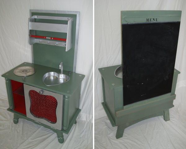 une cuisini re pour enfant tr s d co des meubles vintage relook s avec brio journal des femmes. Black Bedroom Furniture Sets. Home Design Ideas