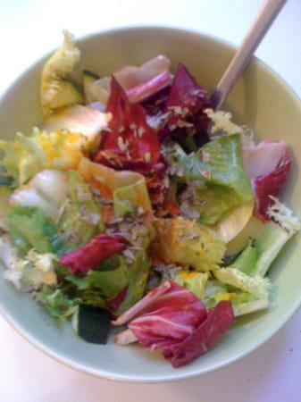 recette minceur jolie salade les recettes minceur du printemps journal des femmes. Black Bedroom Furniture Sets. Home Design Ideas