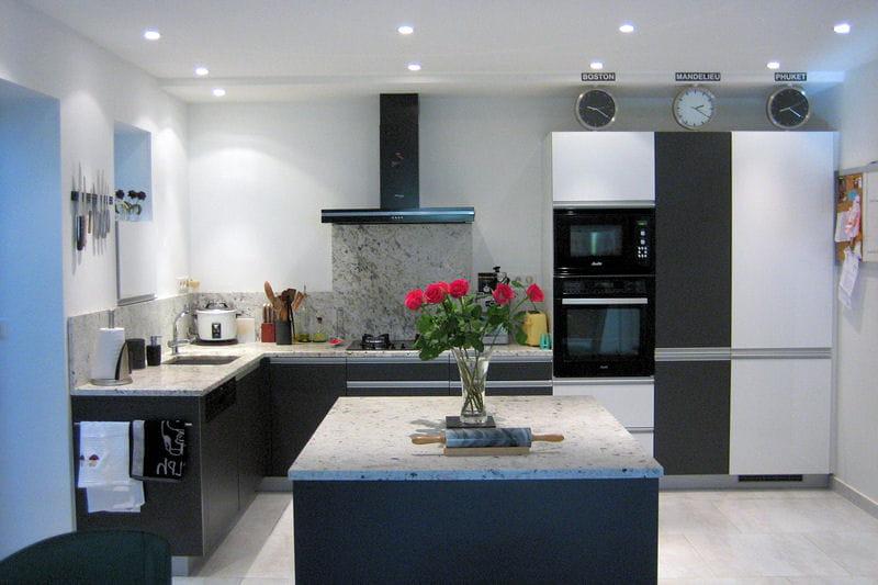 La cuisine d 39 alice apr s relooking int gral de cuisines - Cuisine avant apres relooking ...