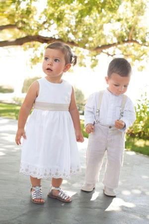 Pour un mariage simple et bucolique 20 tenues de c r monie chic pour vos enfants journal des - Mariage simple et original ...