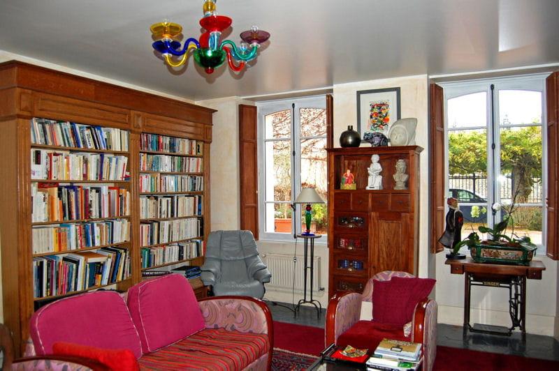 ambiance r tro pour le coin lecture de l 39 autre c t du. Black Bedroom Furniture Sets. Home Design Ideas