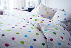 ikea ps 2012 retour vers le futur journal des femmes. Black Bedroom Furniture Sets. Home Design Ideas
