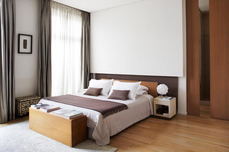 Une luxueuse suite parentale modernisation chic dans un for Appartement avec suite parentale