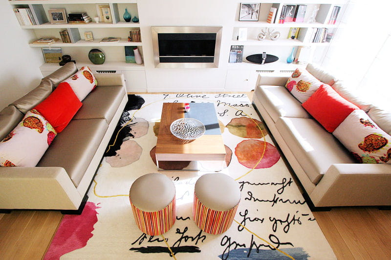 un salon chic et p tillant un duplex l gant et color journal des femmes. Black Bedroom Furniture Sets. Home Design Ideas