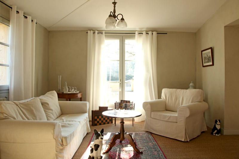 sobre et simple toujours plus d 39 id es pour d corer mon salon journal des femmes. Black Bedroom Furniture Sets. Home Design Ideas