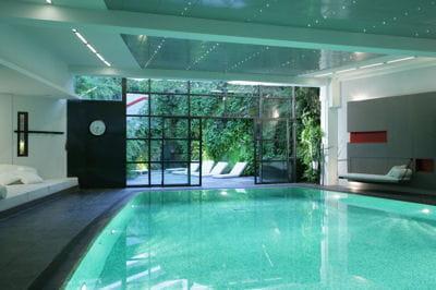 le ken club paris organise un nouveau cours d 39 aqua yoga journal des femmes. Black Bedroom Furniture Sets. Home Design Ideas