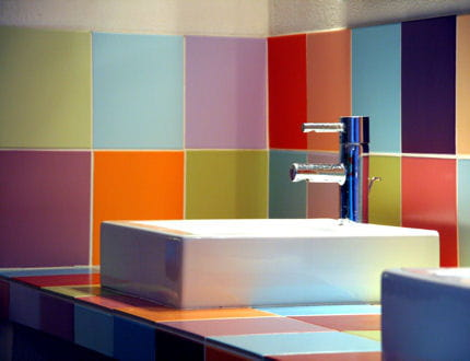 Un coin color for Salle de bains coloree