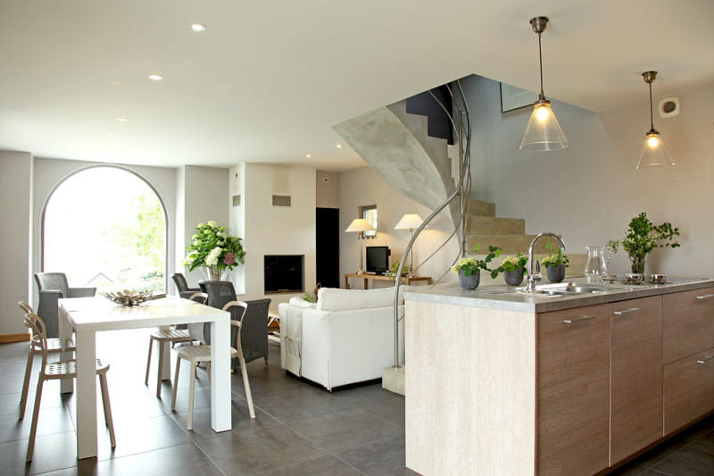 D co moderne et pierres bretonnes en finist re journal - Decoration interieur maison moderne ...