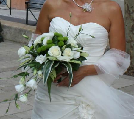 Un bouquet l gant le mariage nature et proven al d 39 anne et vincent j - Le bouquet de la mariee ...