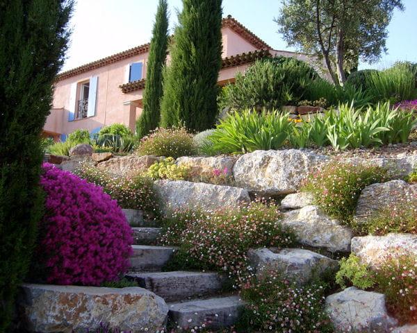 jardin proven al vos jardins dans le sud journal des femmes. Black Bedroom Furniture Sets. Home Design Ideas