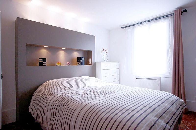 Fabriquer une tete de lit en bois avec rangement - Fabriquer une tete de lit avec rangement ...