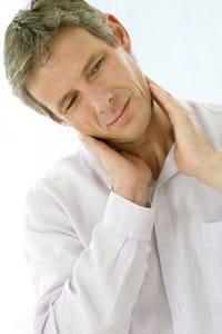 c'est souvent par la palpation du cou que l'on détecte les nodules.