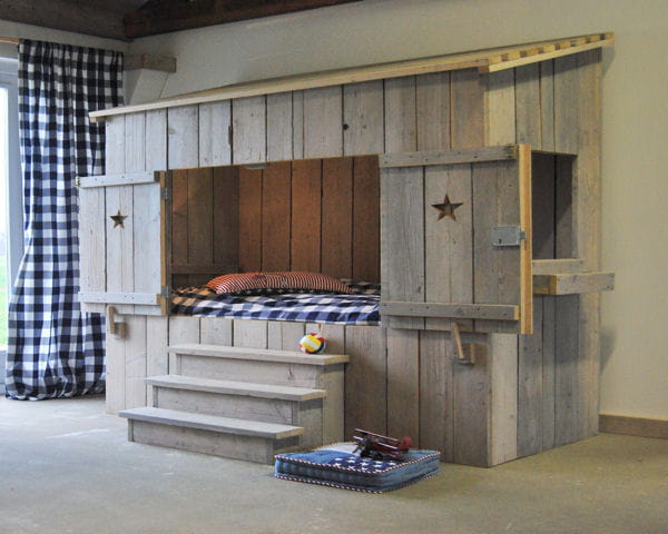 lit cabane de dutchwood. Black Bedroom Furniture Sets. Home Design Ideas