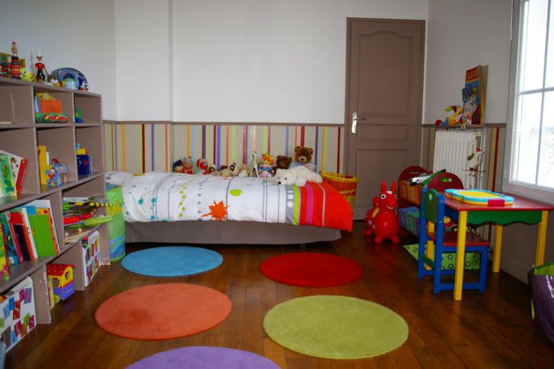 Multicolore id es d co pour chambres d 39 enfant croquer journal des f - Idee deco chambre femme ...