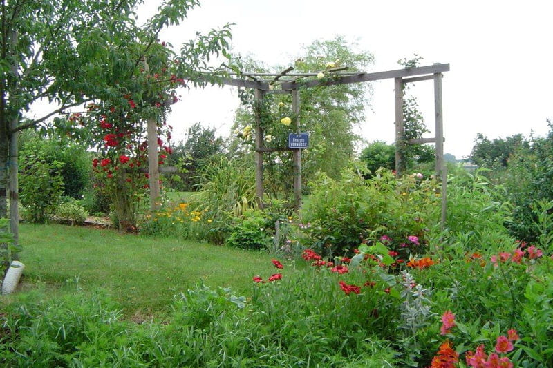 Visitez le jardin de Mireille
