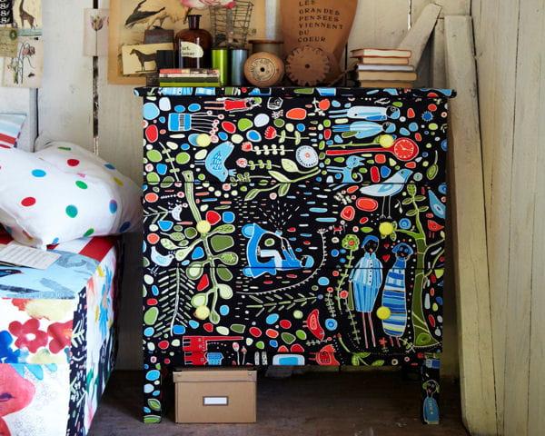 donner une seconde vie un meuble catalogue ikea six. Black Bedroom Furniture Sets. Home Design Ideas