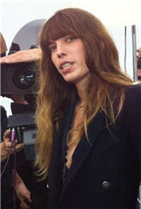 lou doillon au defile chanel pret a porter printemps ete 2013