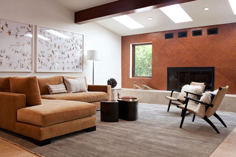 Le salon chaleureux aux couleurs de cuivre une maison for Salon chaleureux