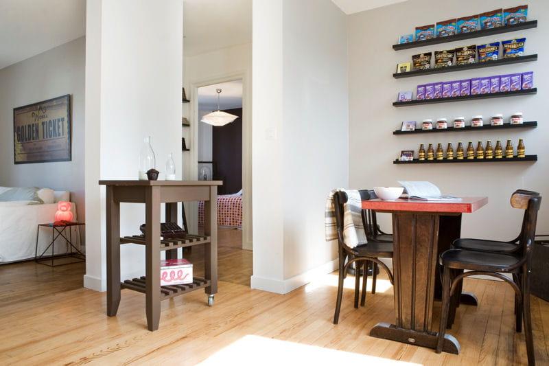 une salle manger style bistrot un appartement en chocolat journal des femmes. Black Bedroom Furniture Sets. Home Design Ideas