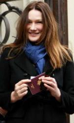 22/04/2012 : la première dame de france vient de voter pour le premier tour de