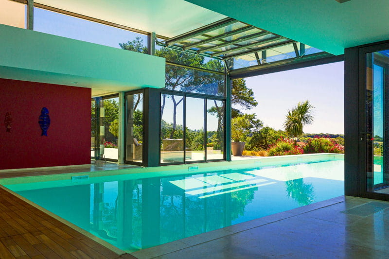 Piscine int rieure troph e d 39 or troph es de la piscine des bassins de r ve innovants et for Piscine d interieur