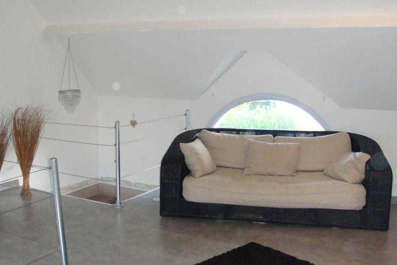 la mezzanine visitez la maison de gael journal des femmes. Black Bedroom Furniture Sets. Home Design Ideas