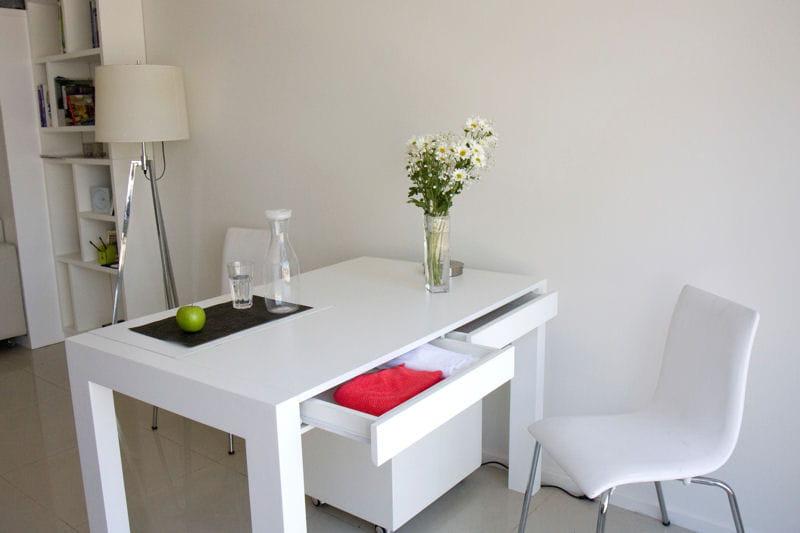 salle manger pour quatre un petit espace parfaitement optimis journal des femmes. Black Bedroom Furniture Sets. Home Design Ideas