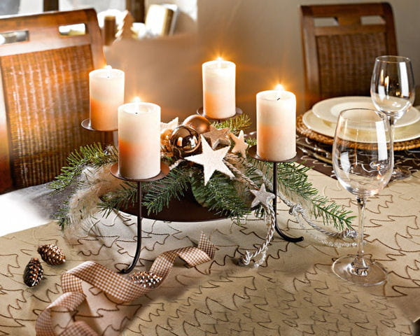 bougeoir et d co de no l par helline table de no l place la d co de f te journal des. Black Bedroom Furniture Sets. Home Design Ideas
