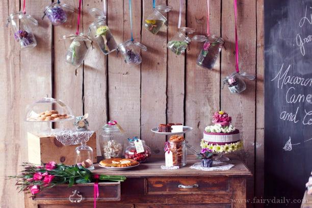 Déco de mariage rustique chic : des fleurs dans des bocaux : Une ...