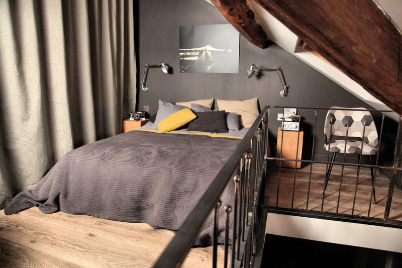 une suite parentale am nag e sous les combles journal des femmes. Black Bedroom Furniture Sets. Home Design Ideas