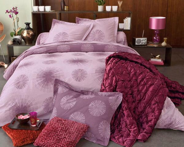 parure lit de soleil de becquet des draps et parures pour un lit d co journal des femmes. Black Bedroom Furniture Sets. Home Design Ideas