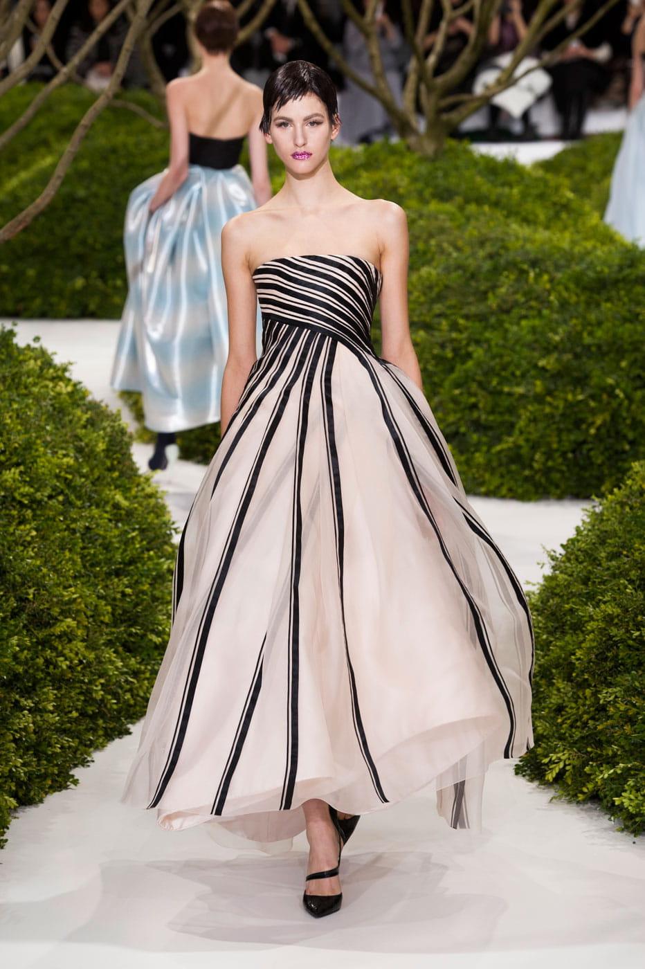 fashion week haute couture d fil christian dior haute couture printemps t 2013 les. Black Bedroom Furniture Sets. Home Design Ideas