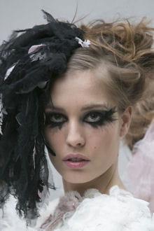 Fashion Week Haute Couture Le Maquillage Gothique Chic