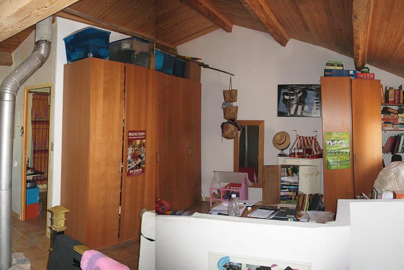 Les combles avant une cabane dans une chambre d 39 enfant for Cabane dans une chambre