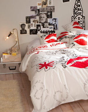 parure de lit motifs de desigual living saint valentin nos id es cadeaux journal des femmes. Black Bedroom Furniture Sets. Home Design Ideas