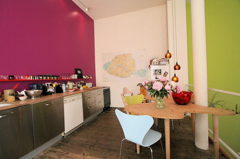 Cuisine fuchsia et vert anis d co de cuisine des id es for Peinture cuisine vert anis
